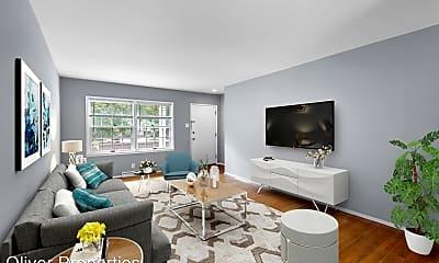 Living Room, 8503-67 Gulf Drive, 1
