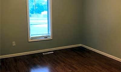 Bedroom, 4536 S Fremont Ave, 2