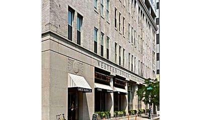 Building, 1101 Locust St 2D, 0