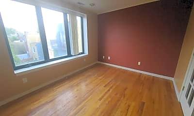 Living Room, 815 S 4th St, 1