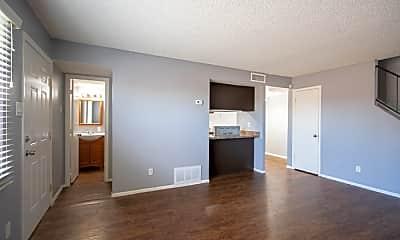 Living Room, 4025 W Wonderview Rd, 1