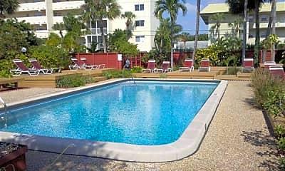 Pool, 2700 NE 51st St, 1