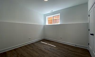 Bedroom, 4047 S Prairie Ave 1, 2