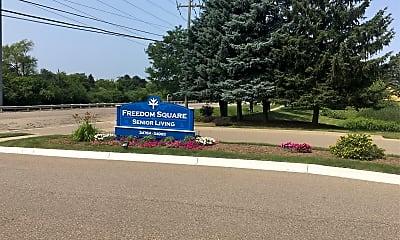 Freedom Square, 1