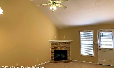 Living Room, 410 Northrop Pl, 1