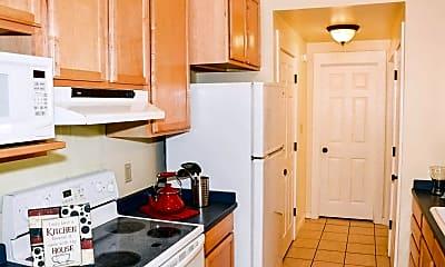 Kitchen, Girard Court, 2