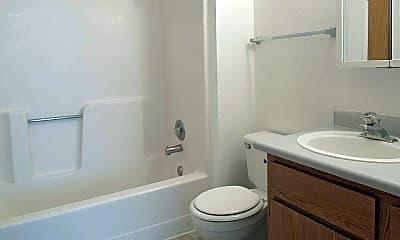 Bathroom, Woodside Glen, 2