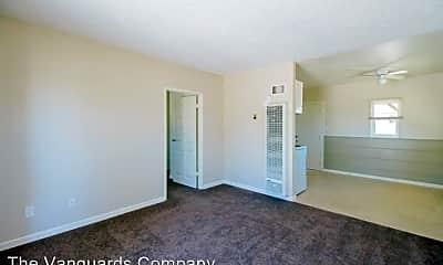 Living Room, 13251 Osage Rd, 1