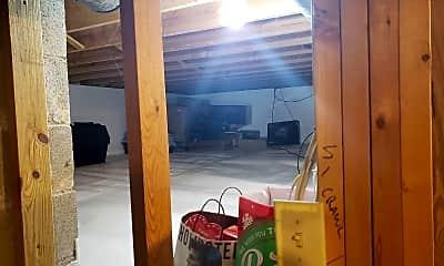 Bedroom, 2370 Walborn Dr, 2