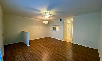 Living Room, 5222 Butter Creek Ln, 1
