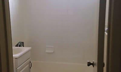 Bathroom, 923 E Colden Ave, 1