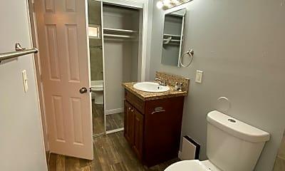 Bathroom, 800 Emory St, 2