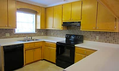 Kitchen, 1006 Cherokee St, 1