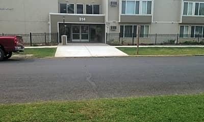 Naches House Apartments, 1