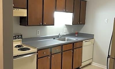 Kitchen, 2224 Pasadena Ave, 2