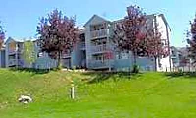 Falls Park Apartments, 1