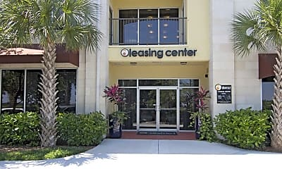Leasing Office, The District on Universal, 2