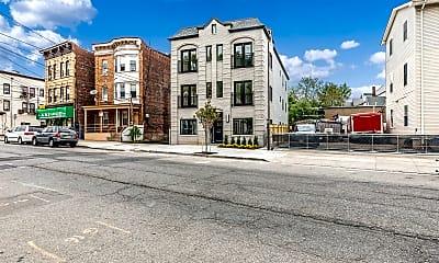 Building, 174 Myrtle Ave, 1