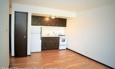 Kitchen, 2910 E Bolivar Ave, 1