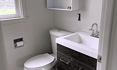 Bathroom, 524 Humboldt, 1