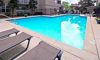 Pool, 1075 Peachtree Walk NE A203, 2
