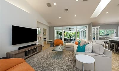 Living Room, 339 4th Ave N, 1