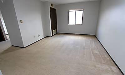Living Room, 3950 Old William Penn Hwy, 1