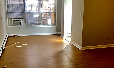 Living Room, 612 12th St NE, 0