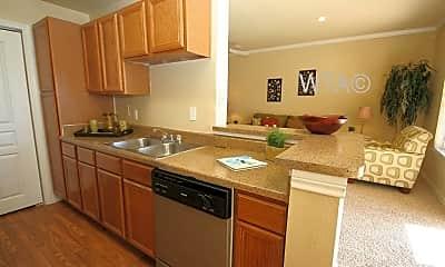 Kitchen, 770 N Ih 35, 1