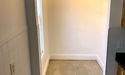 Bathroom, 133 Chestnut St, 2