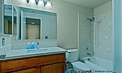 Bathroom, 2112 Vista Del Mar, 2