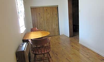 Bathroom, 970 Washington Ave, 2