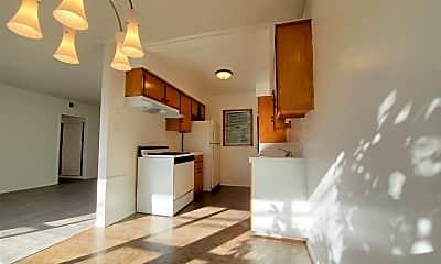 Kitchen, 375 N La Cienega Blvd, 0