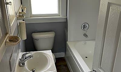 Bathroom, 703 Highland Ave, 2