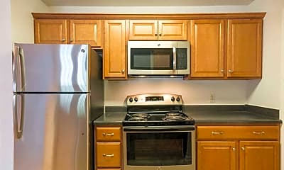 Kitchen, Glade Creek Apartments, 2