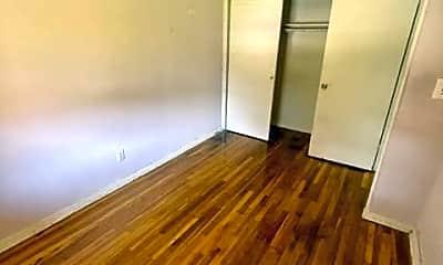 Living Room, 157 White Plains Rd, 2
