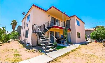 Building, 833 N Bruce St 4, 0