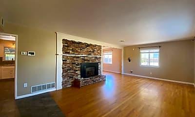 Living Room, 2438 Edna St, 1