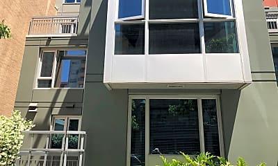 Building, 300 W Beech St 14, 0