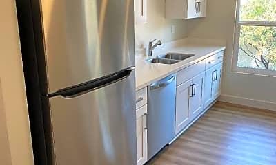 Kitchen, 2048 Swazey St, 1