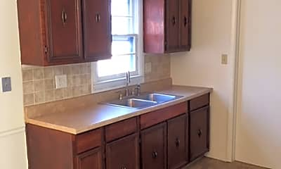 Kitchen, 3540 N Richardt Ave, 1