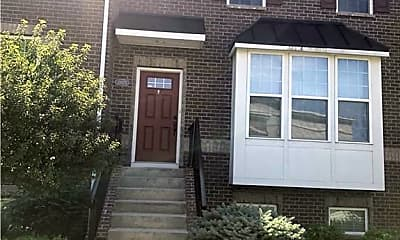 Building, 13575 E 131st St, 0