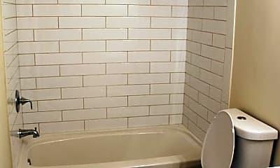 Bathroom, Chelsea Park Apartments, 2