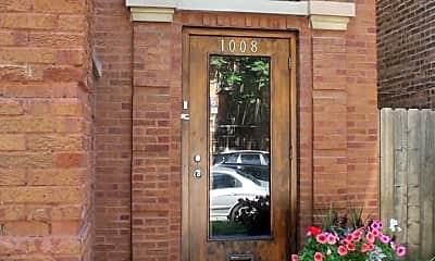 Building, 1008 N Oakley Blvd, 1