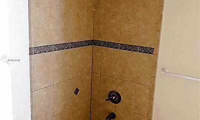 Bathroom, 1 Glen Royal Pkwy, 2