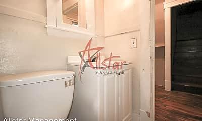 Bathroom, 3139 Elyria Ave, 2