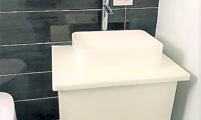 Bathroom, 148 Tremont St, 0