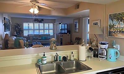 Kitchen, 4175 S Atlantic Ave 316, 2