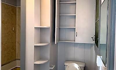 Bathroom, 755 Umi St, 2