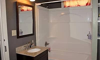 Bathroom, 9091 Providence St, 2